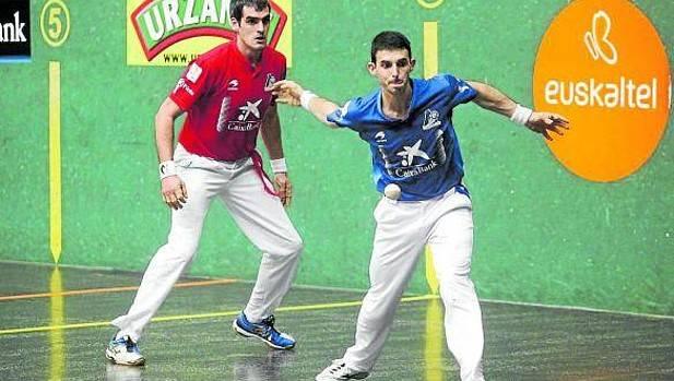 Ezkurdia y Altuna en las semifinales del Torneo de parejas de la Virgen Blanca del año pasado