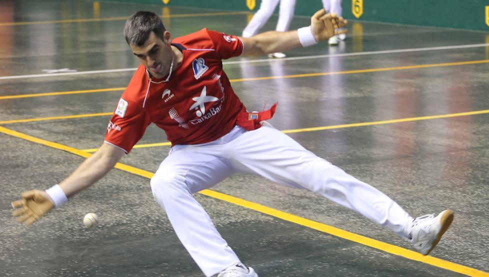 Ezkurdia protagonizó un gran debut en la feria de San Mateo