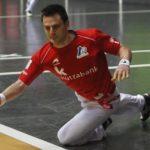 Danel Elezkano sustituye hoy a Irribarria