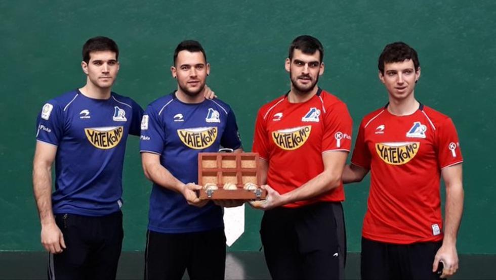 Jaka-Zabaleta y Ezkurdia-Martija han seleccionado el material en el Labrit para disputar el primer partido de la liguilla de semifinales del Parejas