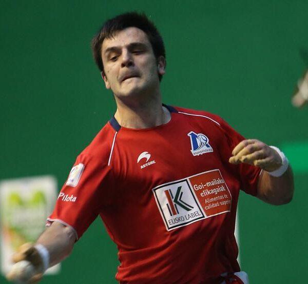 Danel Elezkano, junto a Aretxabaleta, no ha podido estrenarse hasta el momento en el Masters CaixaBank