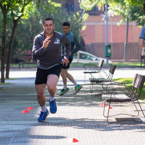 Pedro Ruiz, en un entrenamiento junto a Salaverri