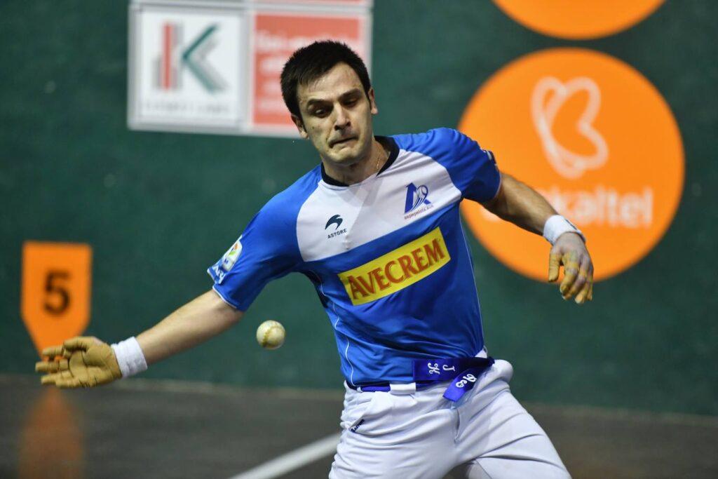 Elezkano II y Mariezkurrena II dejan la cola tras ganar 9-22 en Etxarri